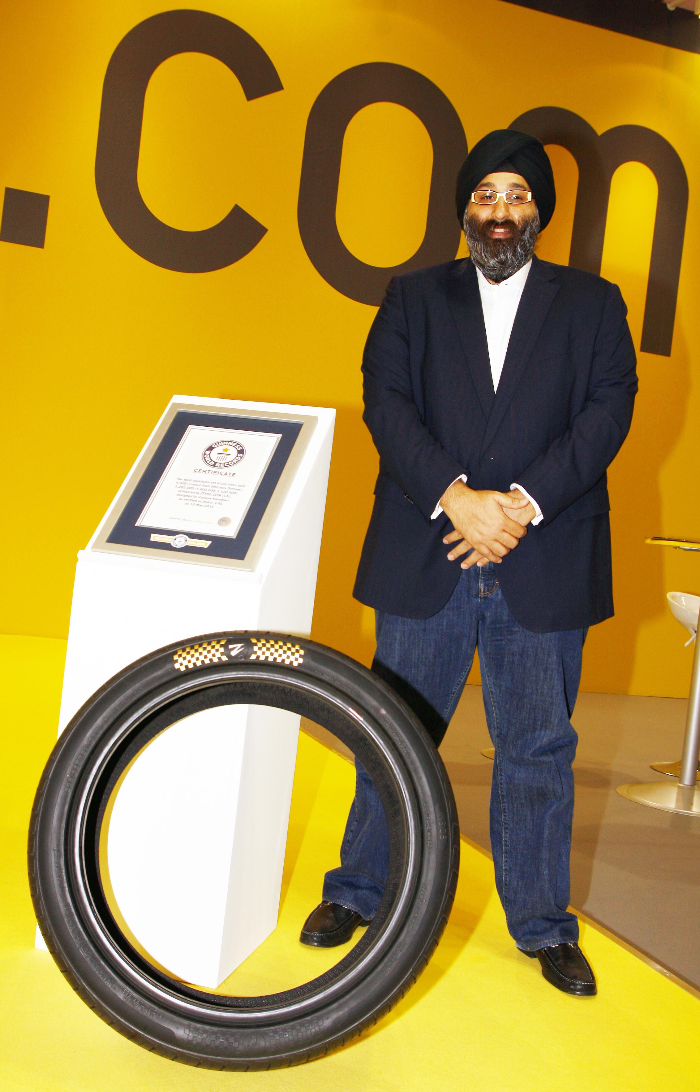 Alors que les prix de la Bugatti Veyron semblaient déjà excessif avec une facture de 24 000 € pour changer les quatre pneus, celui des derniers Z Tyre vont vous faire tomber par terre.